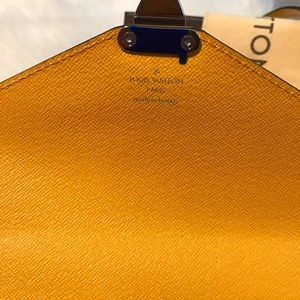 Louis Vuitton Bags - {Louis Vuitton } 💛 Yellow EPI BB Crossbody Bag